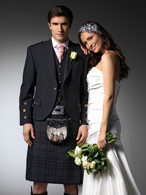 bride-and-groom-ardrossan-formal-hire