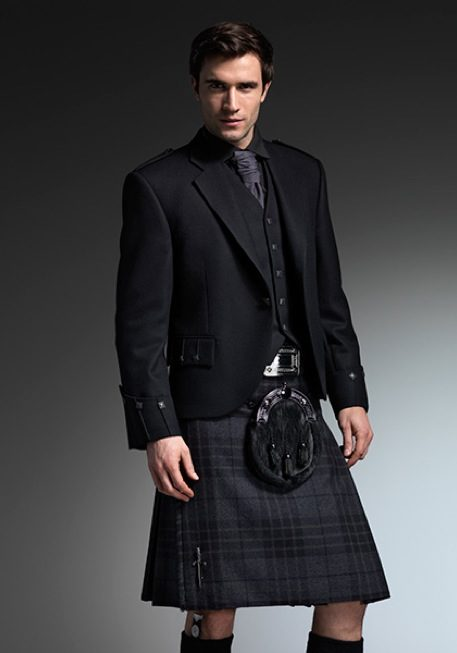 all-black-outfit-ayrshire-kilt-outfitters