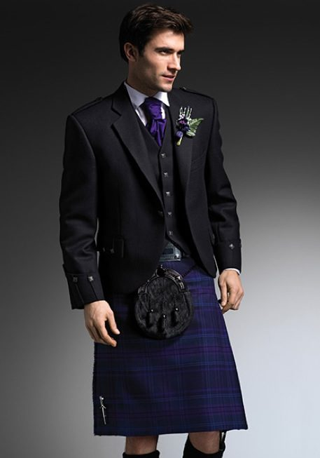 purple-kilt-ayrshire-wedding